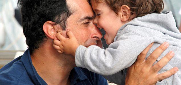 Vater sein – kraftvoll und zärtlich
